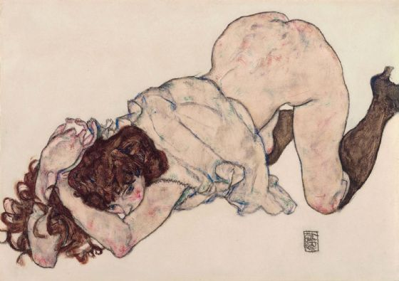 Schiele, Egon: Kneeling Girl, Resting on Both Elbows. Fine Art Print/Poster. Sizes: A4/A3/A2/A1 (003686)